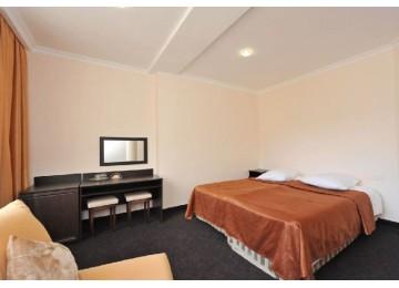 Студия VIP 1-комн. 2-х мест. (8 этаж)  |ОК «Домбай »| Номера и цены